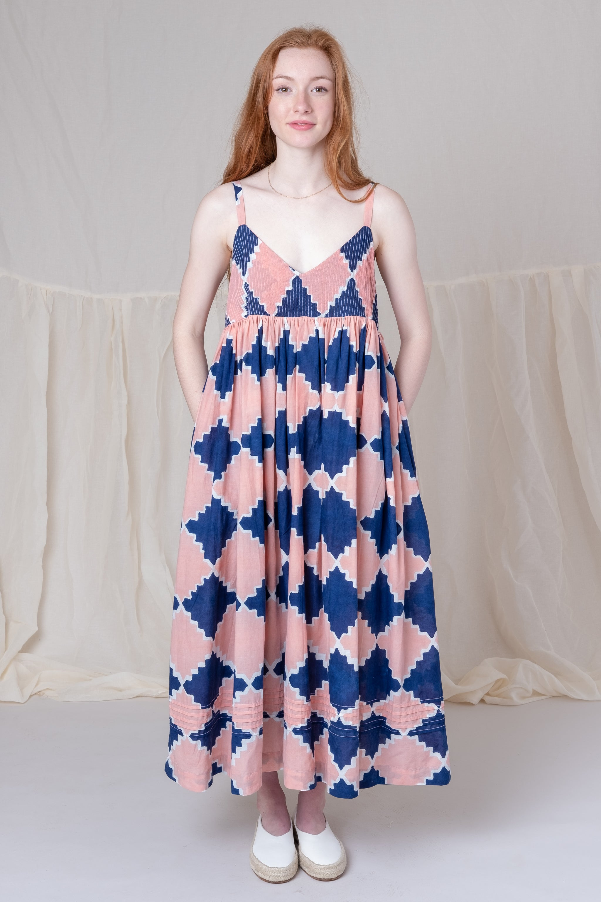 DAISY DRESS IN ARABESQUE