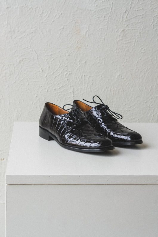 JACKSON SHOES IN LOUISIANA BLACK EMBOSSED
