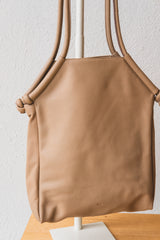 Are Studio Aarne tote bag in Dust leather. Two strap purse.