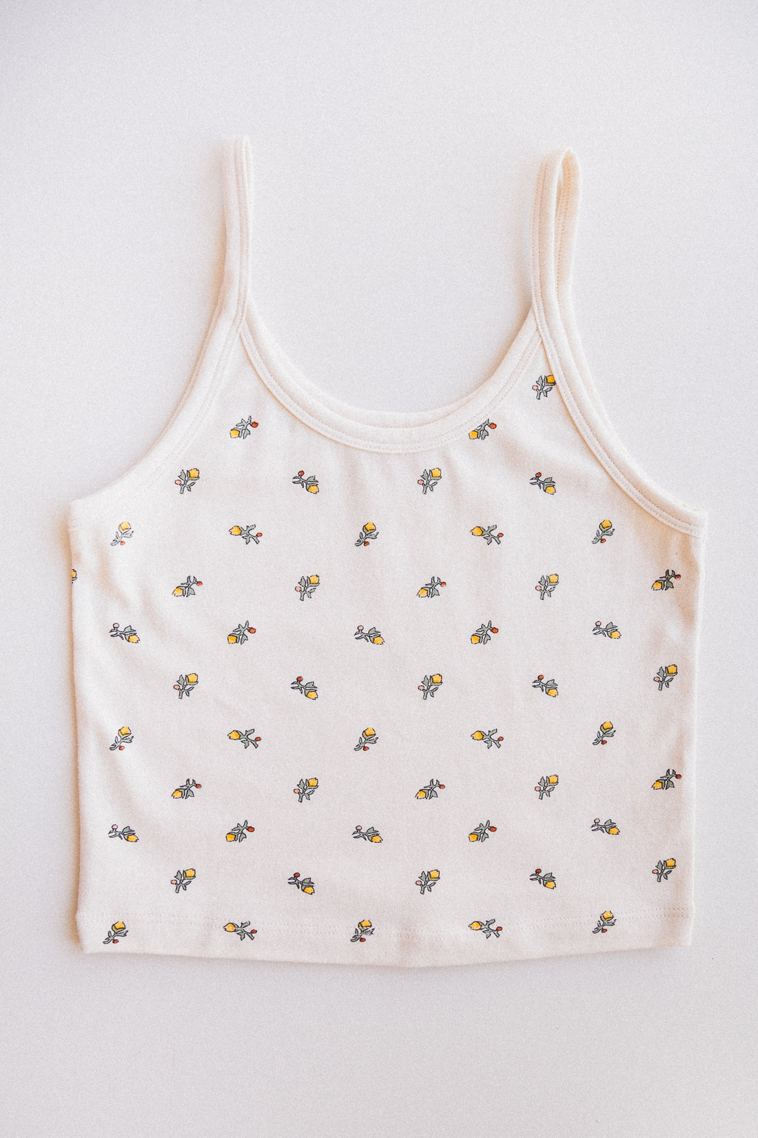 CROP TANK IN YELLOW CALICO