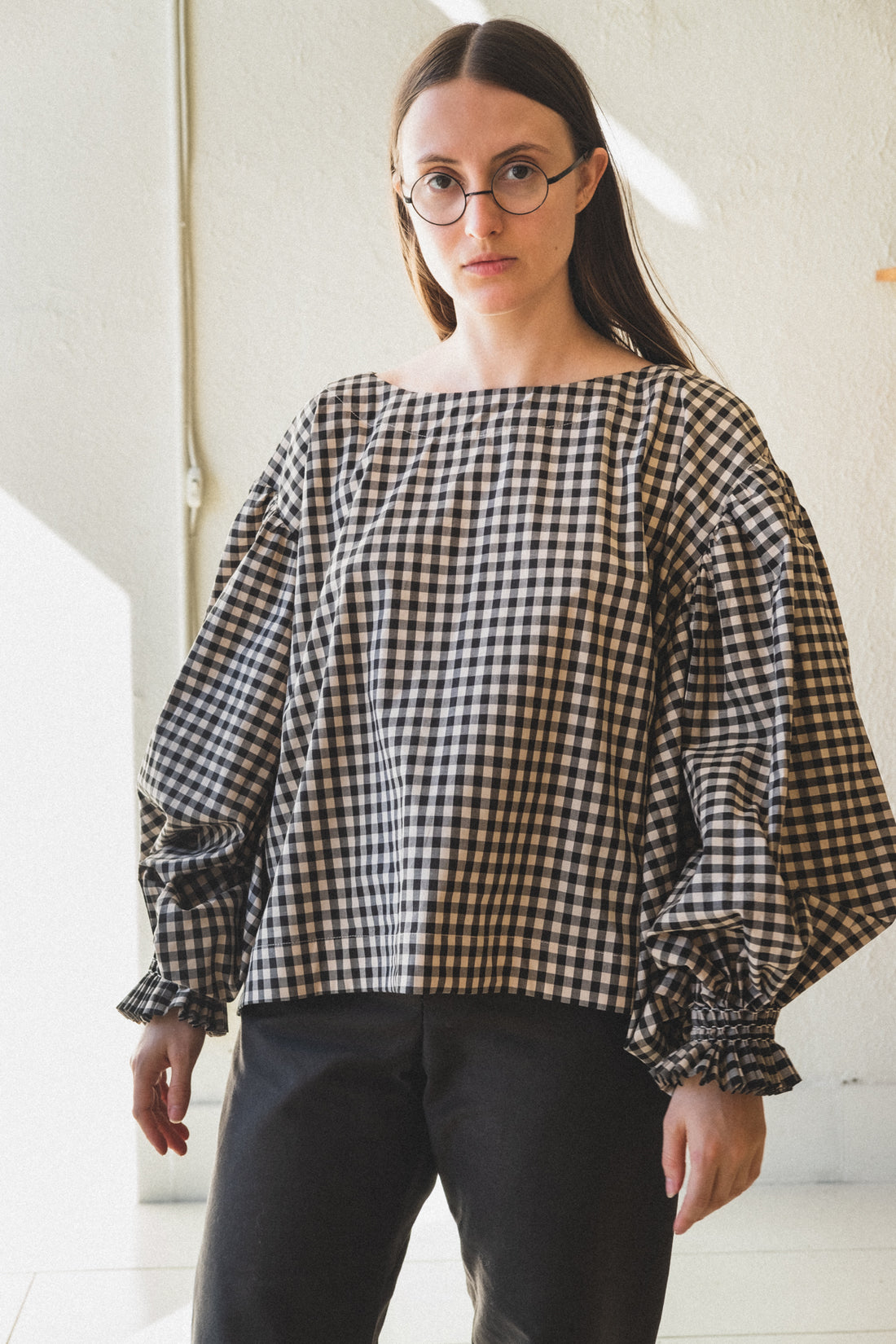 ORLA BLOUSE WITH HAND SMOCKED SLEEVES