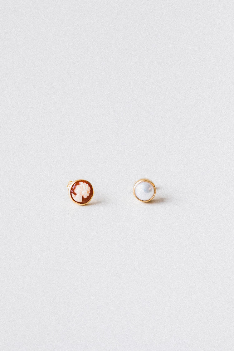 CAMEO AND PEARL MISMATCHED STUD EARRINGS