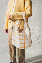 BIO-KNIT EVERYDAY TOTE IN GOLD GRID
