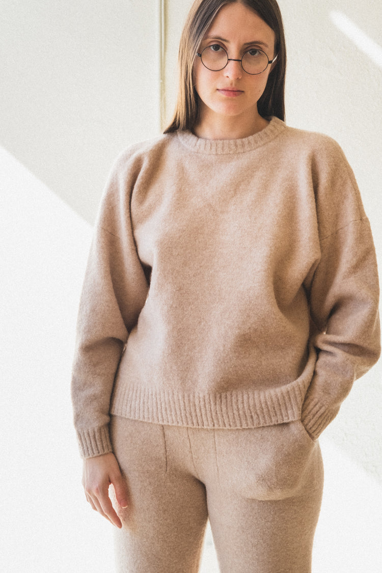 BOUCLE SWEATER IN OATMEAL