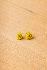 STUD EARRINGS IN YELLOW JASPER
