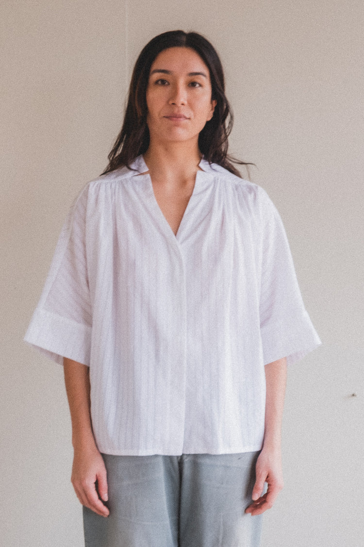 VOYAGE BLOUSE IN SHADOW STRIPE