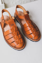10/09 ARTISANAL SANDALS IN TOBACCO