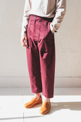 BOSCO PANTS IN BEETROOT COTTON TWILL