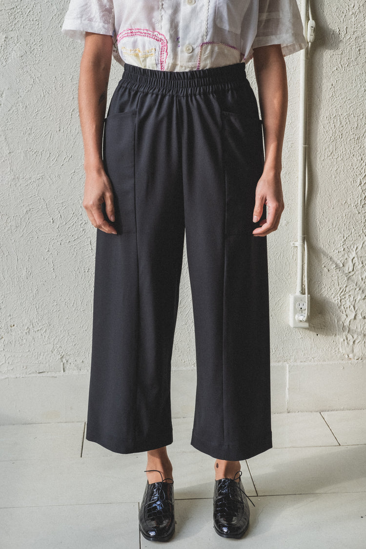 NORTH PANTS IN BLACK DRAPEY WOOL