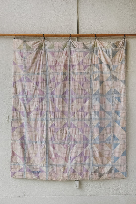 ANTIQUE SHIRTING QUILT