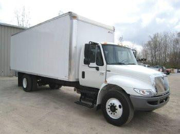 Gently Used 2008 International 24' Box Truck