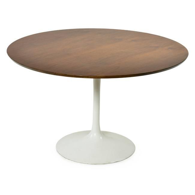 Saarinen Dining Table - Walnut