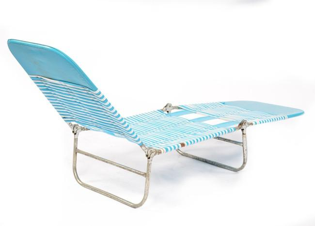 Blue & White Plastic Strap Folding Chaise