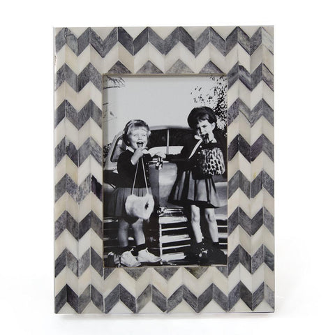 "BFA  100-900 Chevron Vintage Girls (6"" x 8"")"