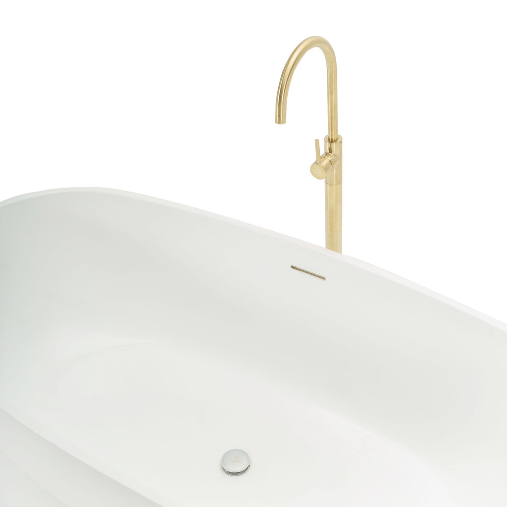 Contemporary Bathtub with Freestanding Gold Faucet