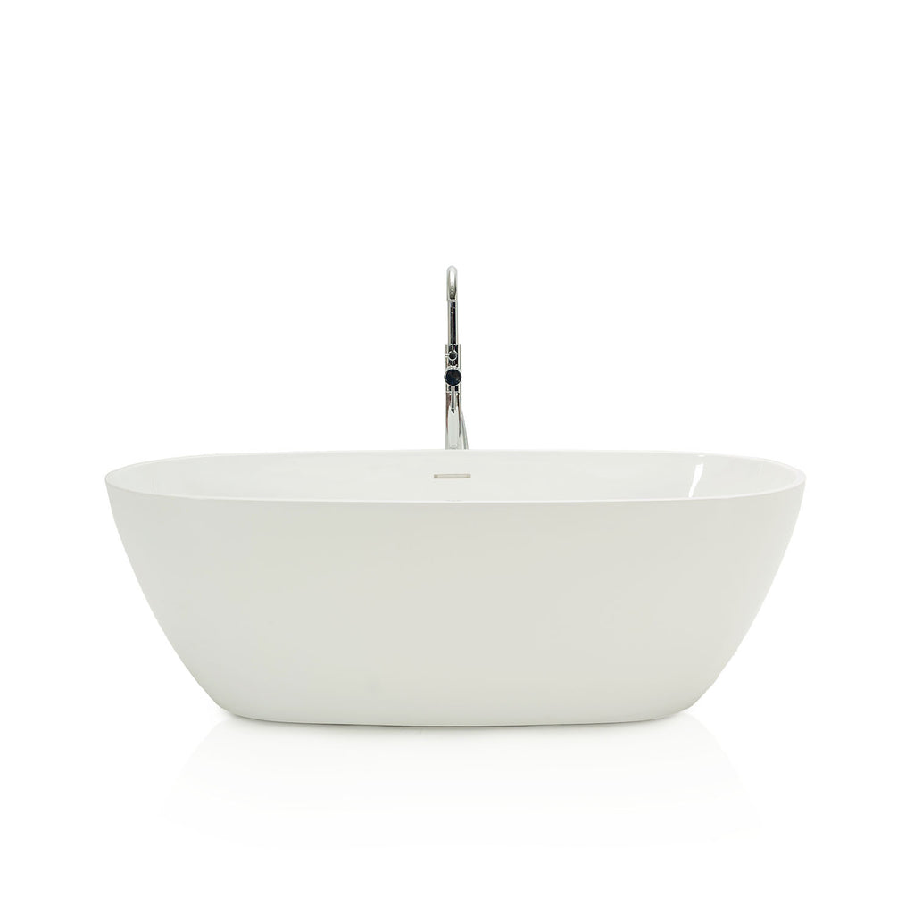 Contemporary Bathtub with Silver Faucet