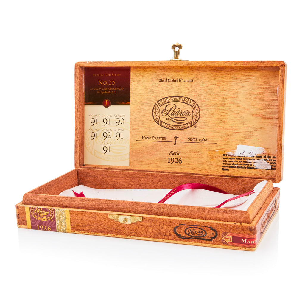 Wood BFA 'Padron' 1926 Serie Cigar Box