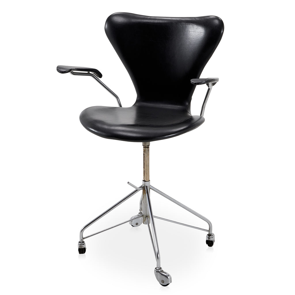 Ant Chair on Casters - Black