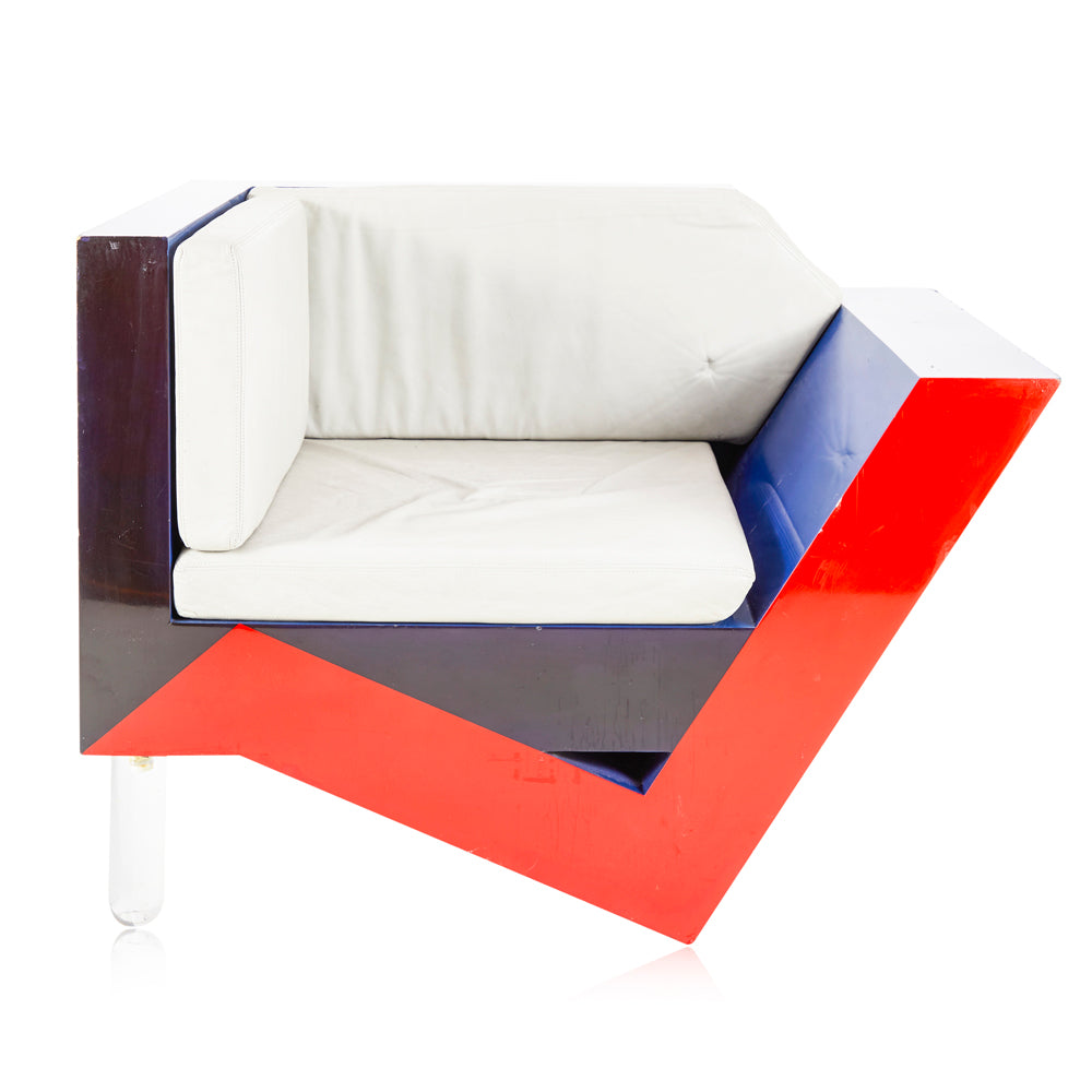 Angled Memphis Lounge Chair