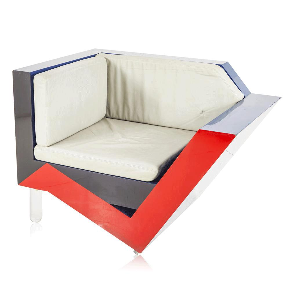 Angled Red-Black-Blue Memphis Lounge Chair