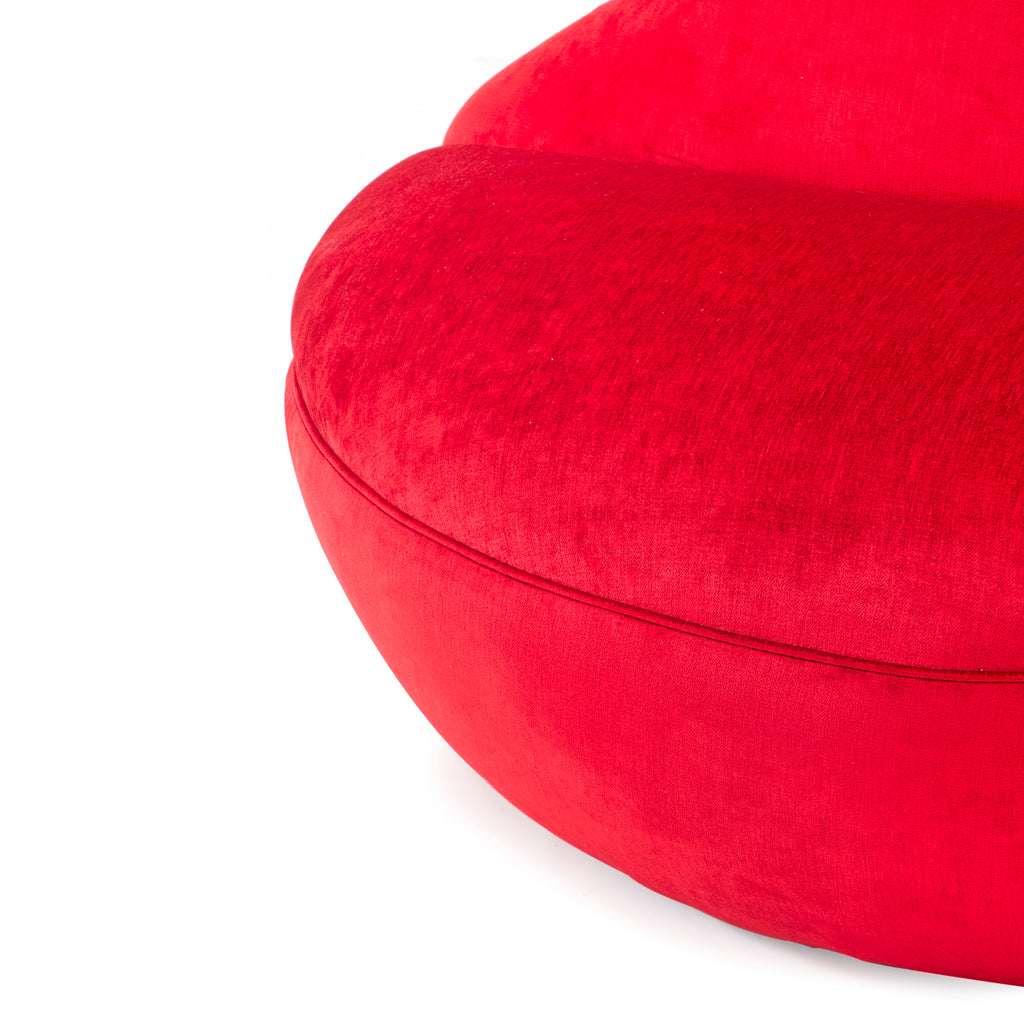 Red Velvet Lips Loveseat
