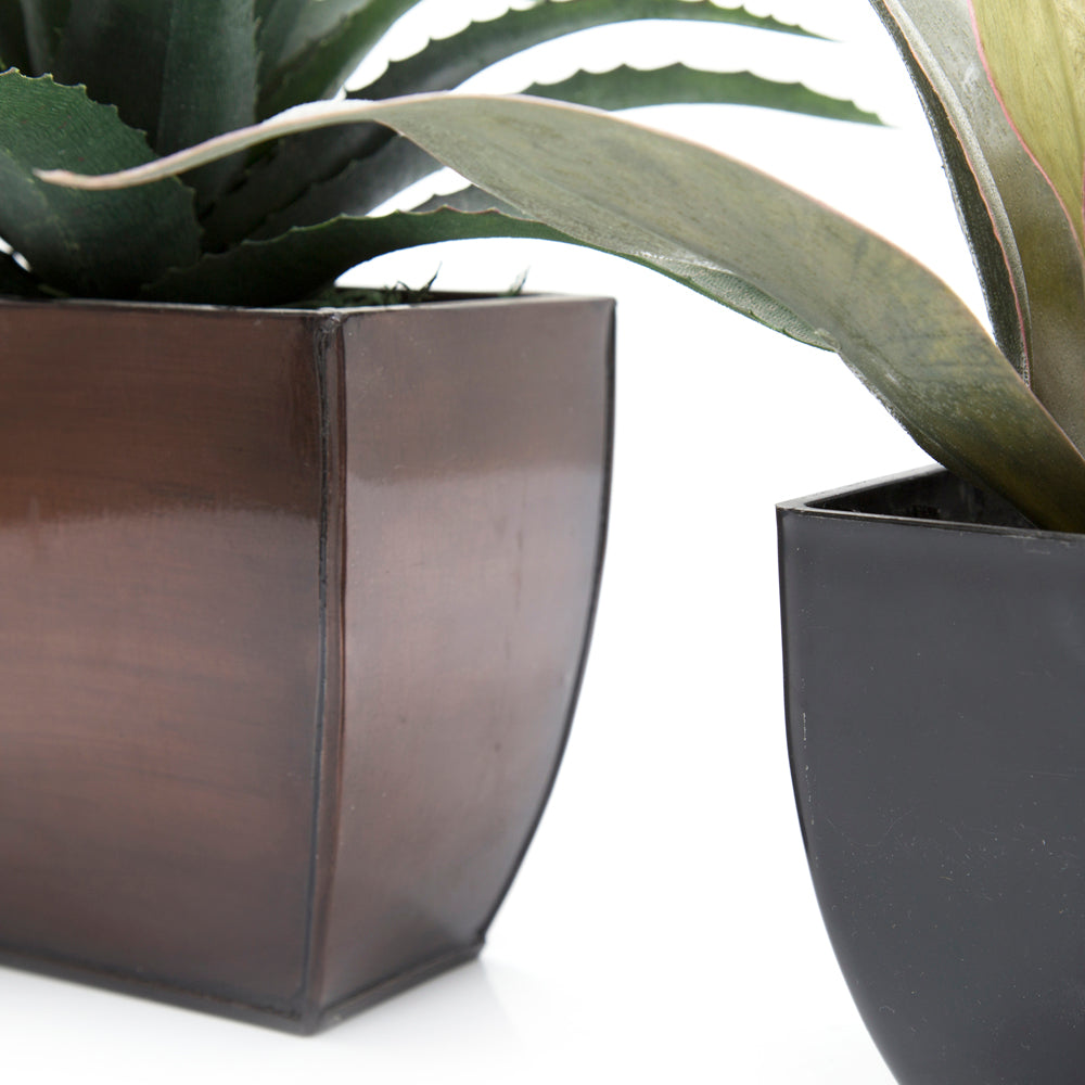 Black and Brown Planter