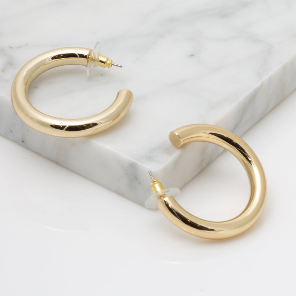 Medium Tubular Hoop Earrings in Gold