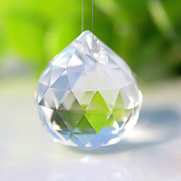 Faceted Feng Shui Crystal - Diffuse Strong Streams of Energy 3cm x 3.5cm