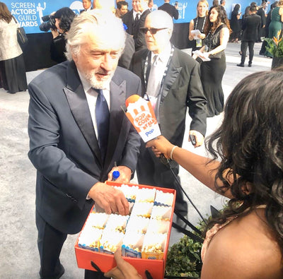Robert De Niro enjoys Oreo Snack Pop at the SAG awards red carpet!