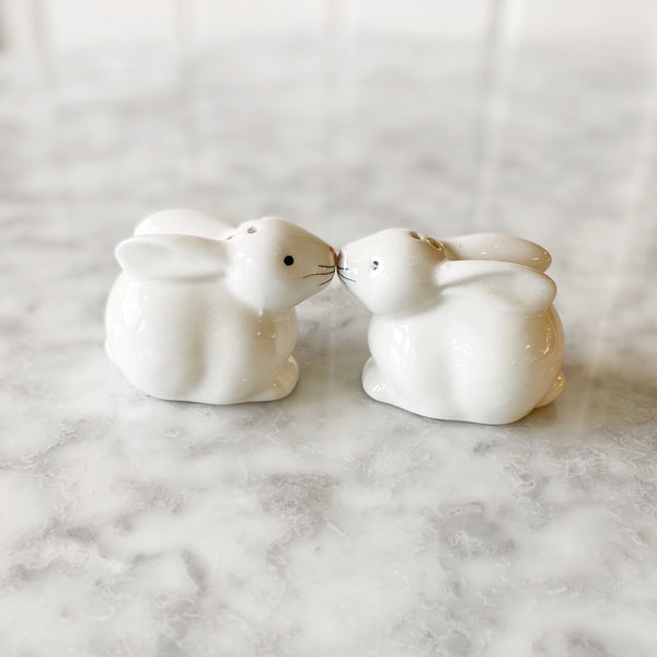 Kissing Bunnies Salt + Pepper Set