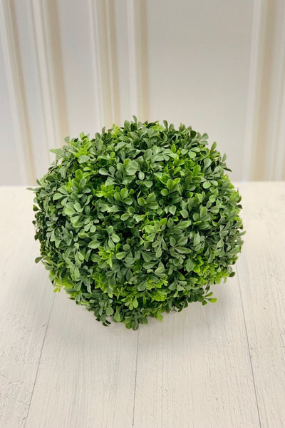 Silk Green Boxwood Ball - 3 sizes