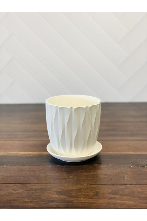 White Wave Patterned Planter 4.5""