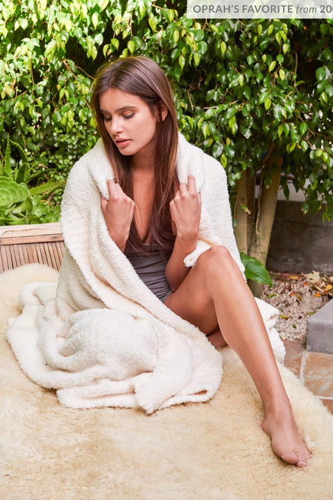 Barefoot Dreams: The CozyChic Throw Blanket