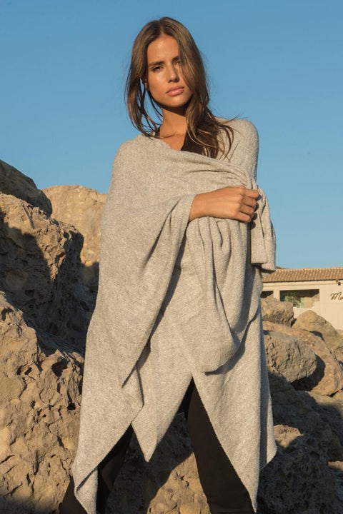 The Cozychic Lite Weekend Wrap