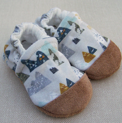 Organic Cotton Knit Slippers - Adventure Awaits