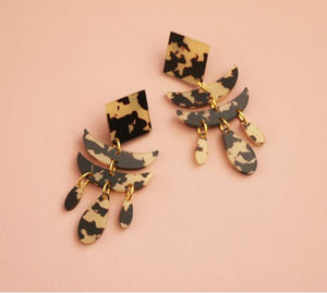 MURPHY MADE CLEOPATRA DANGLE EARRINGS-Dark Leopard Print