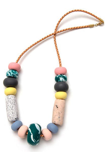 EMILY GREEN BIG BEAD NECKLACE