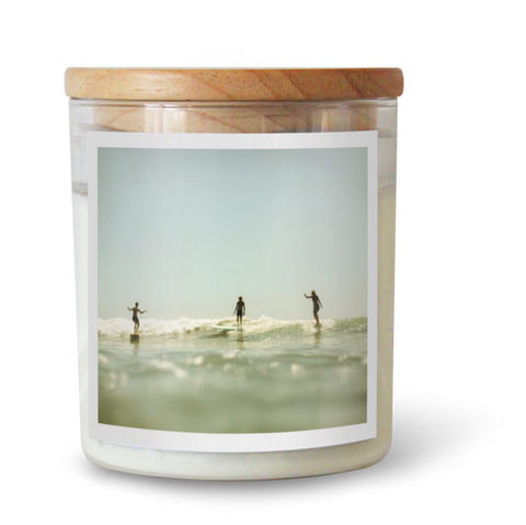 PARTY WAVE SOY CANDLE