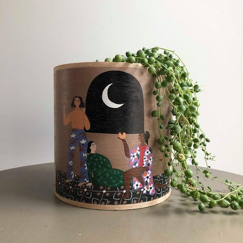 PEACEFUL GIRLS PLANTER