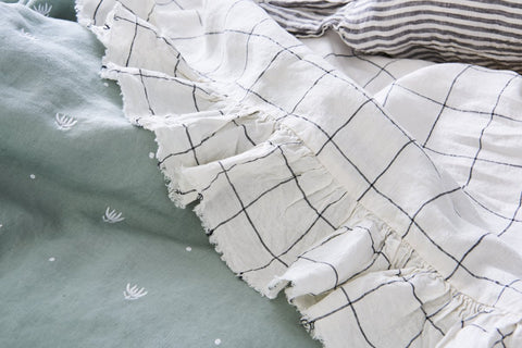 EMBROIDERED WASABI KING DUVET COVER