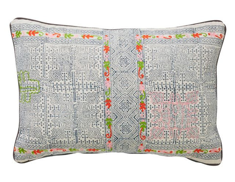 TRIBE BUNGALOW CUSHION