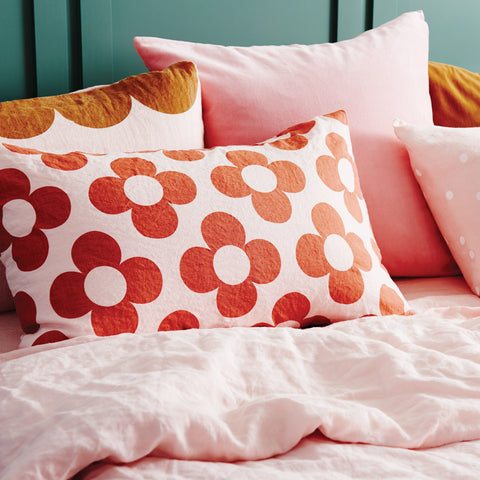 CASTLE - BLUSH LINEN FLOWER PILLOWCASE