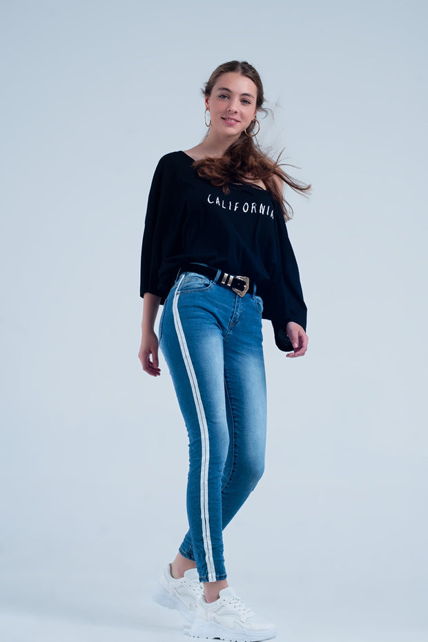 Buy women's Skinny jeans made from comfortable cotton and polyester. These jeans have 5 pockets and a side stripe on each side available at very affordable prices. Enjoy free shipping and free returns on selected orders. Place yours now.
