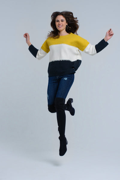 Yellow knitted sweater with pearls