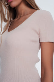 V Neck Short Sleeve Jumper in Fine Knit Rib Pink