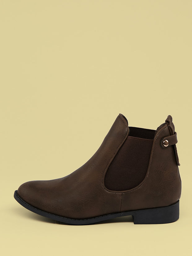 Shop women Round Toe Side Goring Ankle Booties at very affordable prices. Free shipping available on orders over 50$. Place yours now.