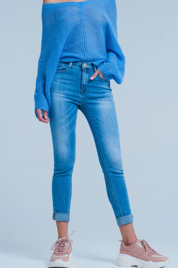 Buy Skinny blue jeans high waisted of comfortable stretchy cotton. Standard five functional pockets with leopard printed details on it and can be closed by zipper and button available in different sizes. Free shipping on orders over 50$.