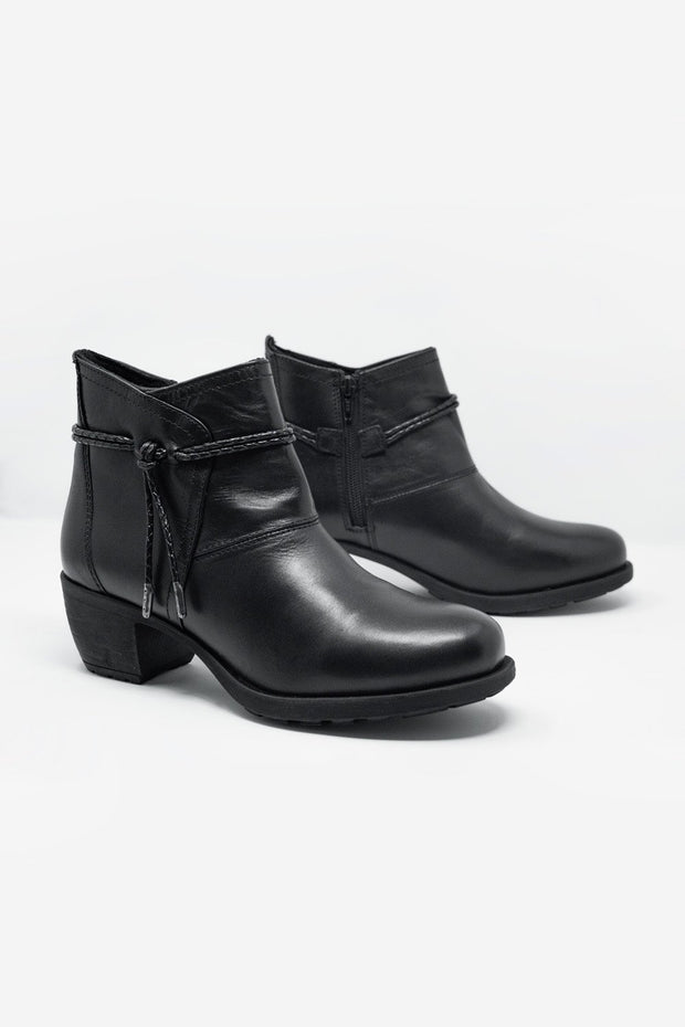 Shop Women's Booty shoe with medium heel and round toe. The Epica Clothing signature boots features detailed rope and internal side zipper made in Spain. Free Shipping and returns available on selected orders.