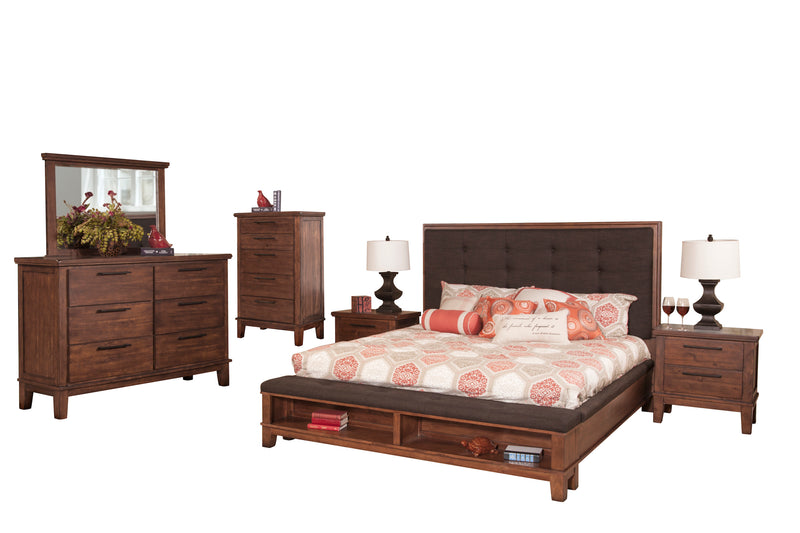 New Classic Cagney 6PC Bedroom Set E King Bed Dresser Mirror Two Nightstand Chest in Chestnut