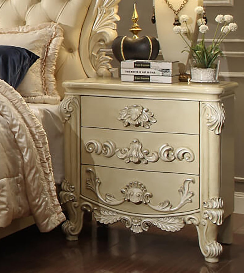 Leather Cal King 5 PC Bedroom Set in Cream Finish 5800-BSET5-CK European